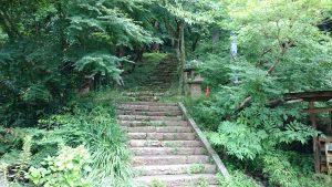 蚕影神社 参道入口