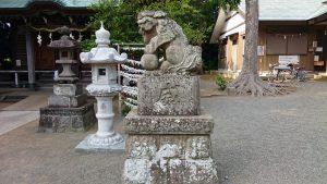 有鹿神社 本宮 拝殿前狛犬 吽